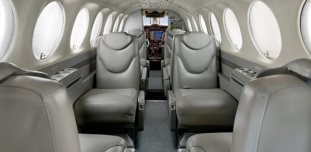 Beechcraft-King-Air-350-int