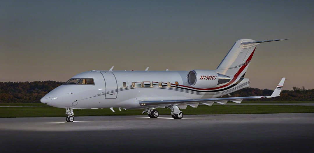 Challenger-604-ext